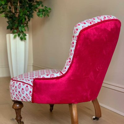 Bella Button Back Nursing Chair